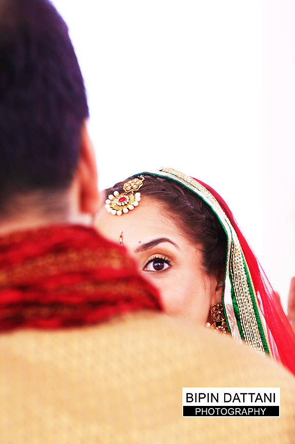 bride entering the mandap