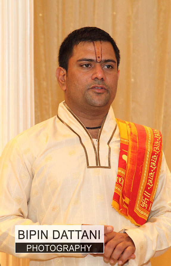 hindu-wedding-priest
