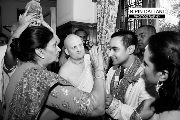 Hare Krishna Temple Wedding Photography