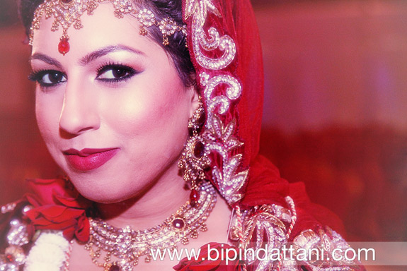 indian bride in beautiful wedding dress