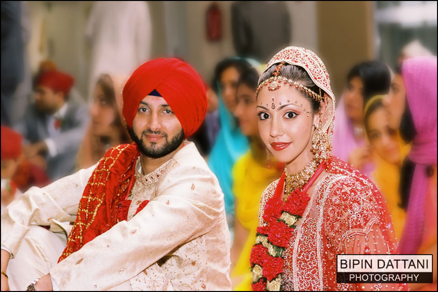 Sikh wedding photography services in London by preeminent indian wedding photographers Bipin Dattani Photography