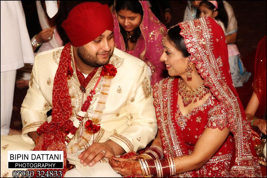 Sikh wedding photography at Ramgarhia Sabha gurdwara in Southall, London, England