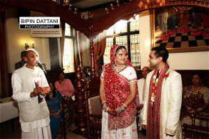 hare krishna wedding photos by Bhaktivedanta Manor and temple wedding photographer