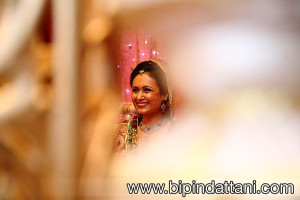 Creative Hindu wedding photography for Tanvi & Jateen's Wedding