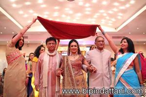 Hindu Bride's grand entrance down the aisle at Vip Lounge Edgware