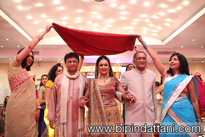 Hindu Bride's grand entrance down the aisle at Vip Lounge Edgware