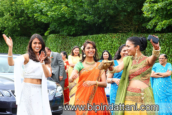 candid wedding day photography at indian marriage