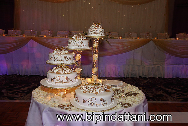 5 tier cake with a unique design