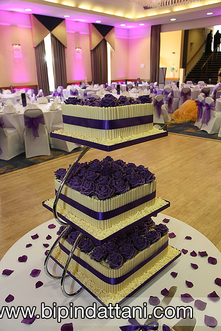 Wedding cake image from a real reception