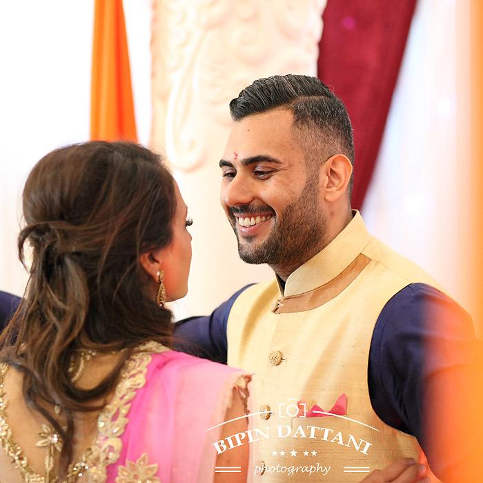 natural wedding photographer for rakhee & mihir