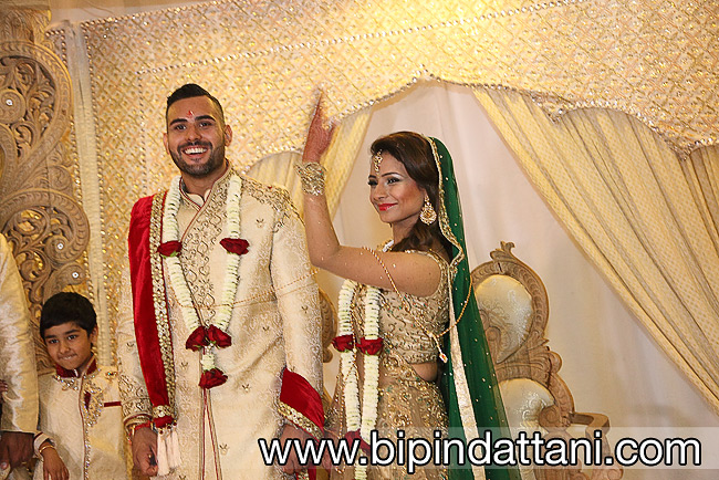 Natural Photos of bride and groom at hindu wedding