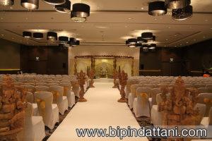 Gayatri Curved Wooden Mandap at Wembley Hilton UK