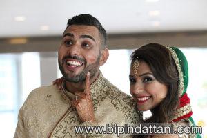 Rakhee & Mihir Indian marriage ceremony kiss