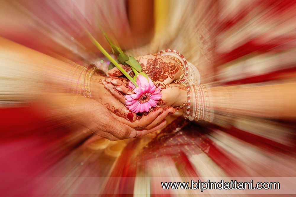 indian wedding ceremony at oshwal centre UK
