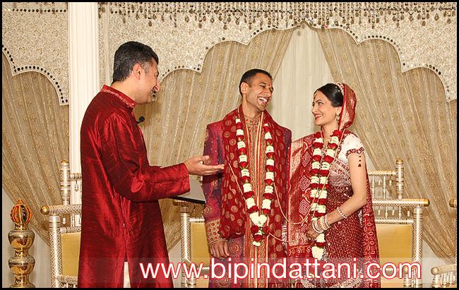 Rajendra-Joshi-Raju-bhai-Hindu-Priest-after-avni-ankeet-wedding-ceremony