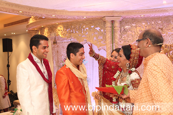 vasudev mehta priest for silent hindu weddings