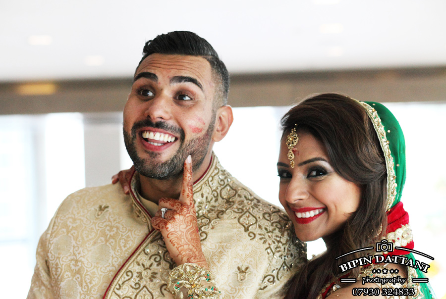 London's top Indian wedding photographer Bipin Dattani for Rakhee & Mihir hindu wedding stills portrait