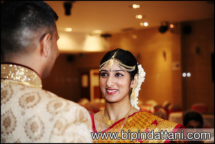 bride on her wedding day with South Indian bride hairstyle
