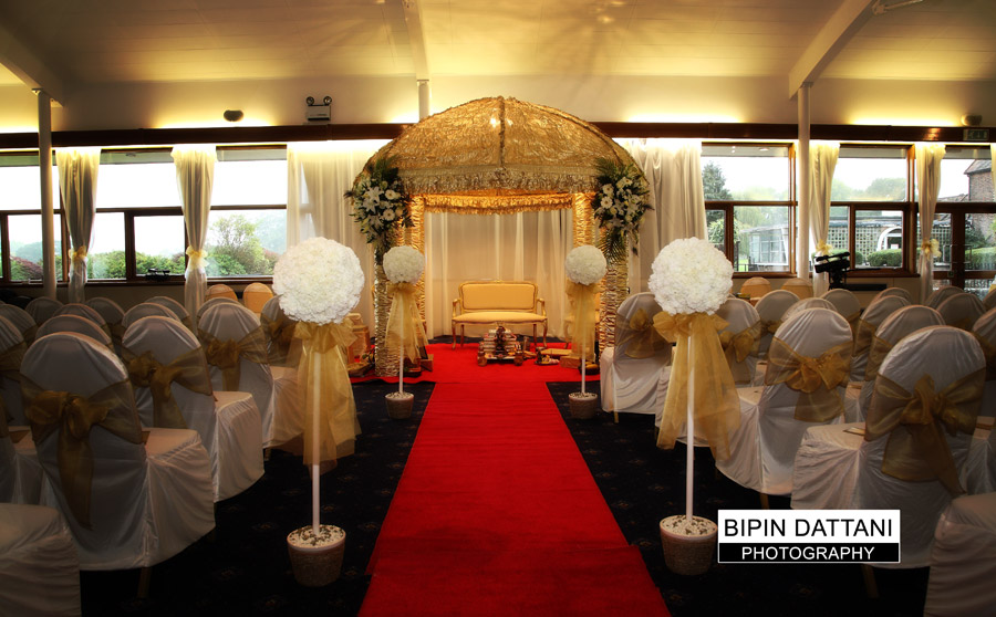 indian wedding mandap at whipsnade zoo