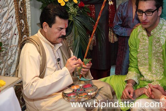 raju bhai mehta officating a pre wedding ceremony