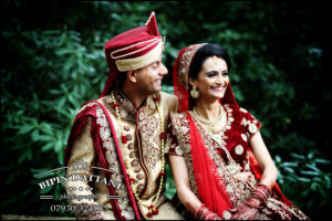 indian wedding photographer at stanmore temple for bride & groom post wedding portraits