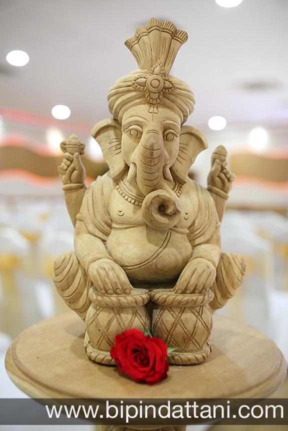 indian wedding decoration photography at Nisha &; Vinesh's hindu wedding ceremony