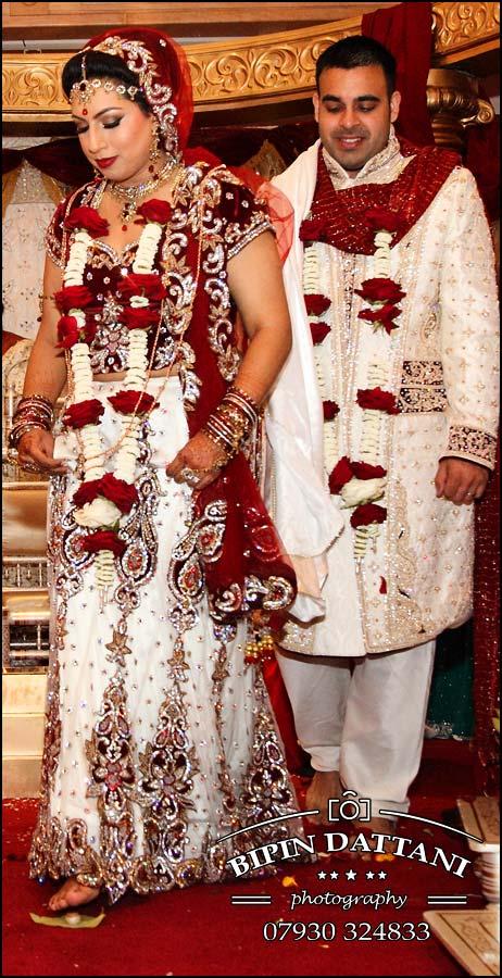 Indian wedding photographer Leicester for Nikita Anish indian wedding ceremony